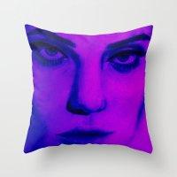 sky ferreira Throw Pillows featuring Fuchsia Ferreira  by TAHREEM