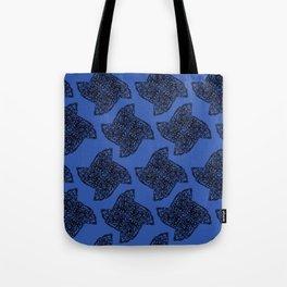 Ninja Star Outline Pattern Tote Bag