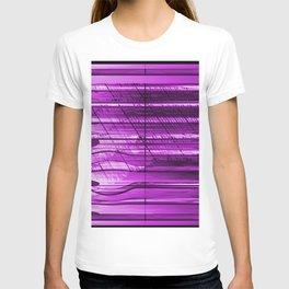 Lightning box behind jalousie T-shirt