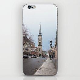 Montréal in November (9 of 11) iPhone Skin