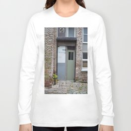 Narrow door Long Sleeve T-shirt