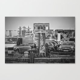 The perfect spot... Canvas Print