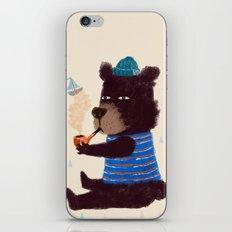 BLACK BEAR SAILOR II iPhone & iPod Skin