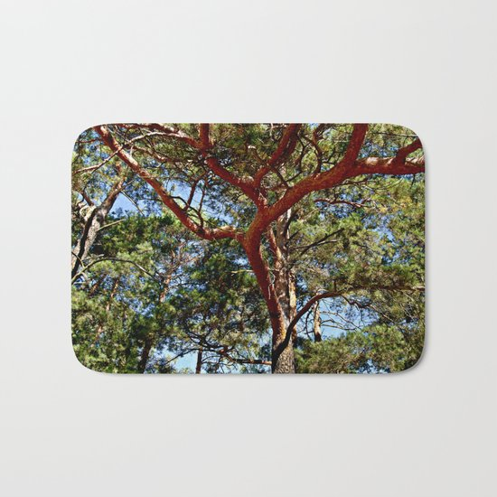 Autumnal lure of the forest Bath Mat