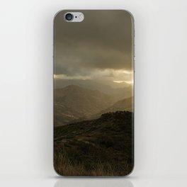 Canaria montana vista iPhone Skin