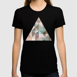 Triangles overlapping colors pattern T-shirt