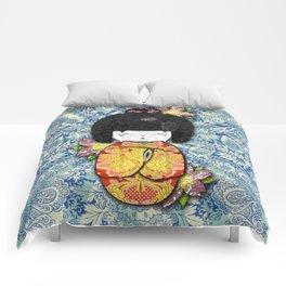 Horror Vacui - Kokeshi01 Comforters