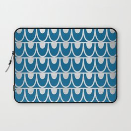 Mid Century Modern Abstract Fish Scale Pattern in Ocean Blue and Silver Laptop Sleeve