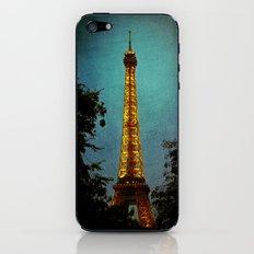 L'Eiffel - Eiffel Tower at Night iPhone & iPod Skin