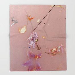 Harry Styles - flowers Throw Blanket