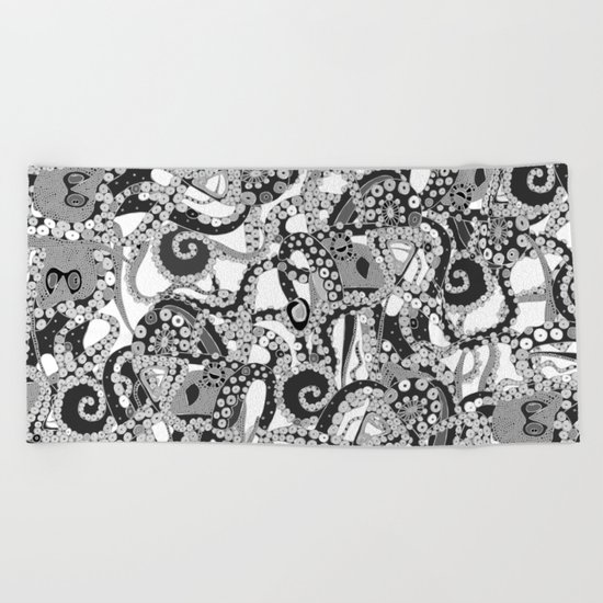tentacles mono Beach Towel