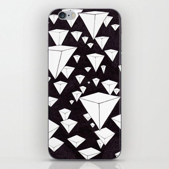 snowing pyramids II iPhone Skin