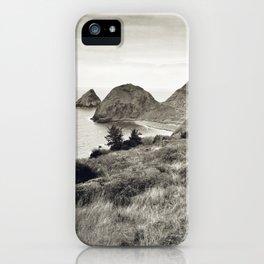 ... L'île du bout du Monde ... iPhone Case