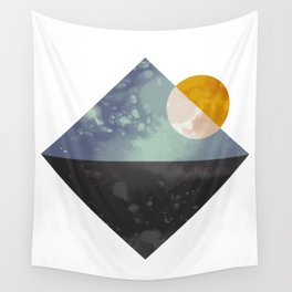Sea and sun Wall Tapestry
