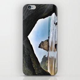Cathedral Cove, New Zealand iPhone Skin