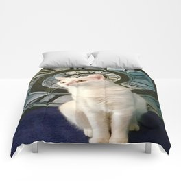 The mysterious kitty Tyche Comforters