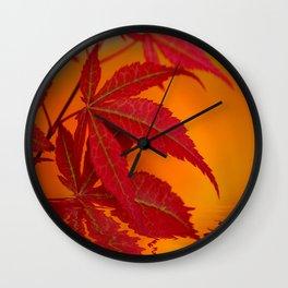 Ahorn am Wasser Wall Clock