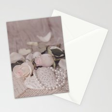 Soft Pink Nostalgic Rose and Heart Still Stationery Cards