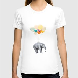 Dreaming Elephant Flying, Animal Zoo Nursery Photo, Large Printable Birthday Party Balloons Wall Art T-shirt