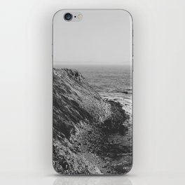 Point Vicente - California Coast - Black & White Version iPhone Skin