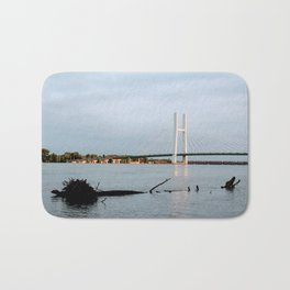 Mississippi River at Burlington, Iowa Bath Mat