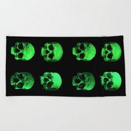 Skull quartet green Beach Towel