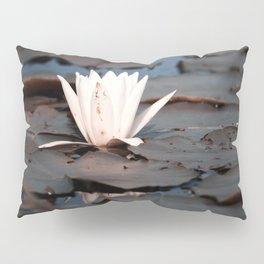 flower of the lake Pillow Sham