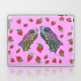 Iguana kisses Laptop & iPad Skin