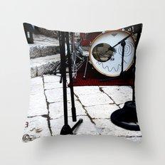 Notte Bianca Throw Pillow