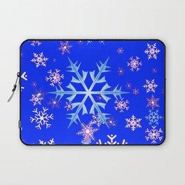DECORATIVE BLUE  & WHITE SNOWFLAKES PATTERNED ART Laptop Sleeve