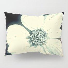 White Dahlia, Christmas Star Pillow Sham