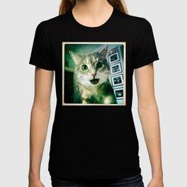 KIKIS!!! T-shirt
