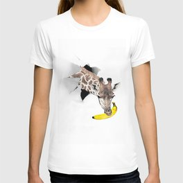 Giraffe with Banana  T-shirt