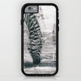 Zebre na trati. iPhone Case