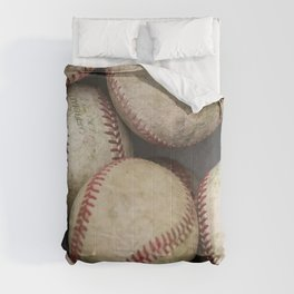 Many Baseballs - Background pattern Sports Illustration Comforters