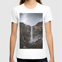 Bridalveil Fall Yosemite T-shirt