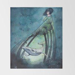 Ocean's lullaby Throw Blanket