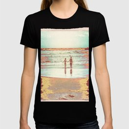 Brothers on the beach T-shirt