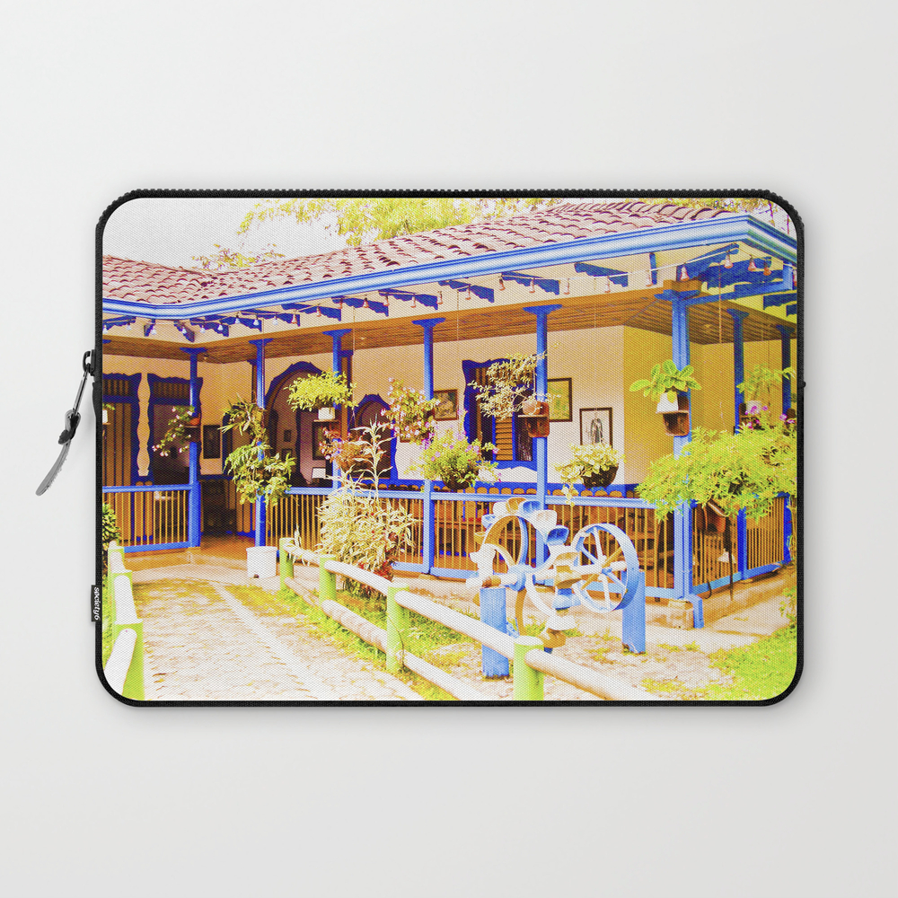 Great House, Beautiful Colors Of My Land. Laptop Sleeve LSV889084