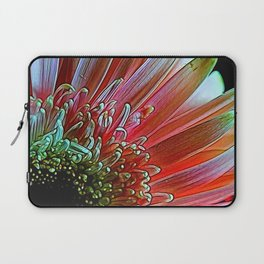 Pink Daisy Sideview Laptop Sleeve