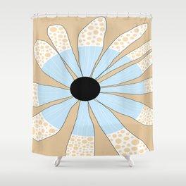 FLOWERY JULIA  / ORIGINAL DANISH DESIGN bykazandholly Shower Curtain