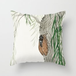 Cicada on a weeping willow tree - Japanese vintage woodblock print Throw Pillow