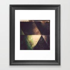 wyyt t'dyy Framed Art Print