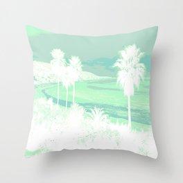 I love Cali! Throw Pillow