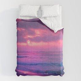Romantic Sunset At Beautiful Seashore Purple Shade Ultra HD Comforters