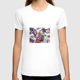 """""""Follow Your Heart"""" Film Design T-shirt"""
