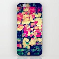 skyrt iPhone Skin