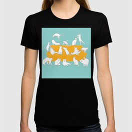 Cute Cats on Yellow Couch | Blue T-shirt