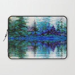 BLUE MOUNTAIN TREES & LAKE REFLECTION Laptop Sleeve