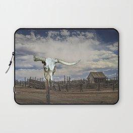 Steer Skull and Western Fenced Corral Laptop Sleeve